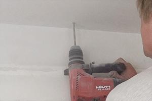 mietwohnungen löcher für lampen bohren
