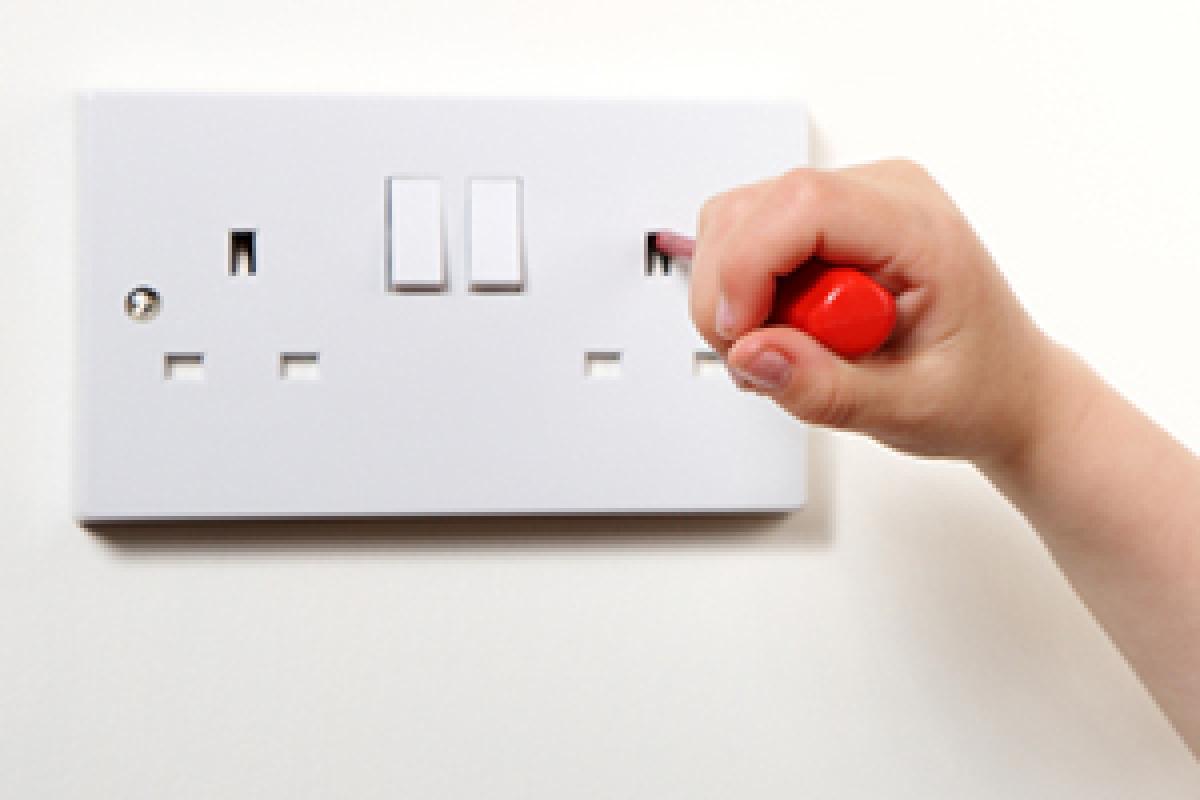 Stromkabel Die Farben einer Elektroinstallation @ diybook.at