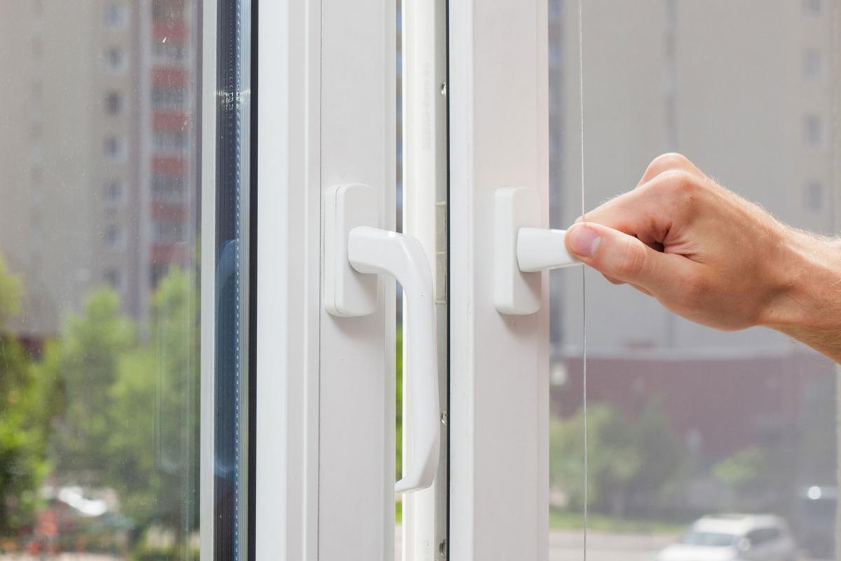 Top Dichtheit der Wärmedämmung prüfen: Das Blower-Door-Verfahren VQ09