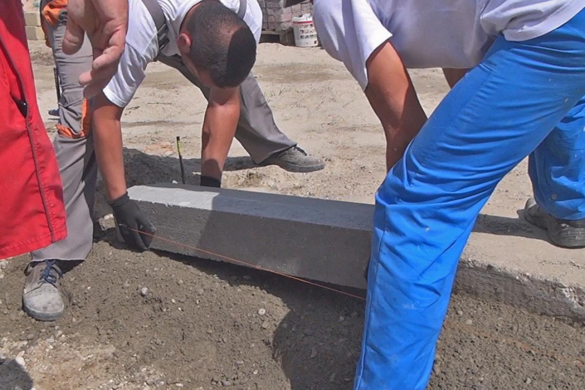 Häufig Randsteine setzen - Anleitung um Betonrandsteine zu verlegen ZH89
