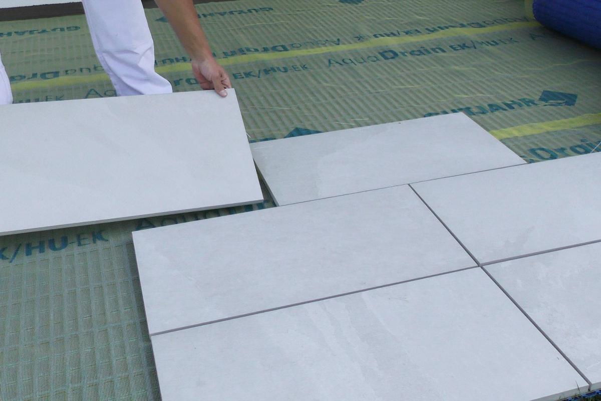 Fabulous Terrassenplatten richtig verlegen: Mit Drainmörtel und Klebemörtel KQ79