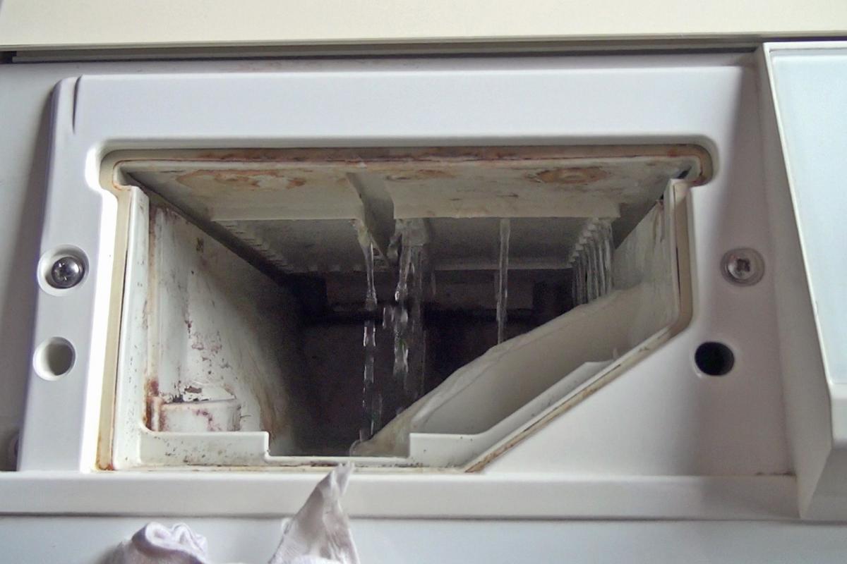 Gut bekannt Waschmaschine zieht kein Wasser: 7 mögliche Ursachen - Ratgeber HG46