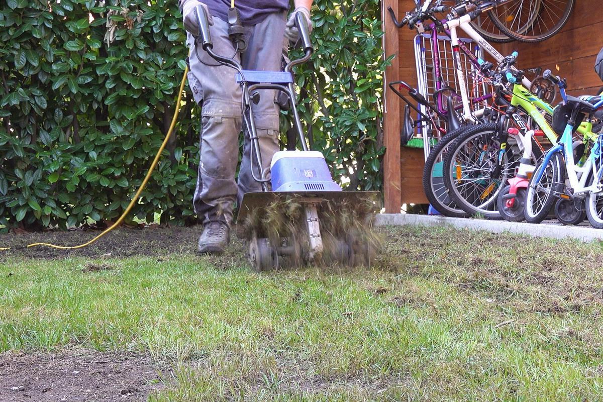 Rasen abtragen maschine