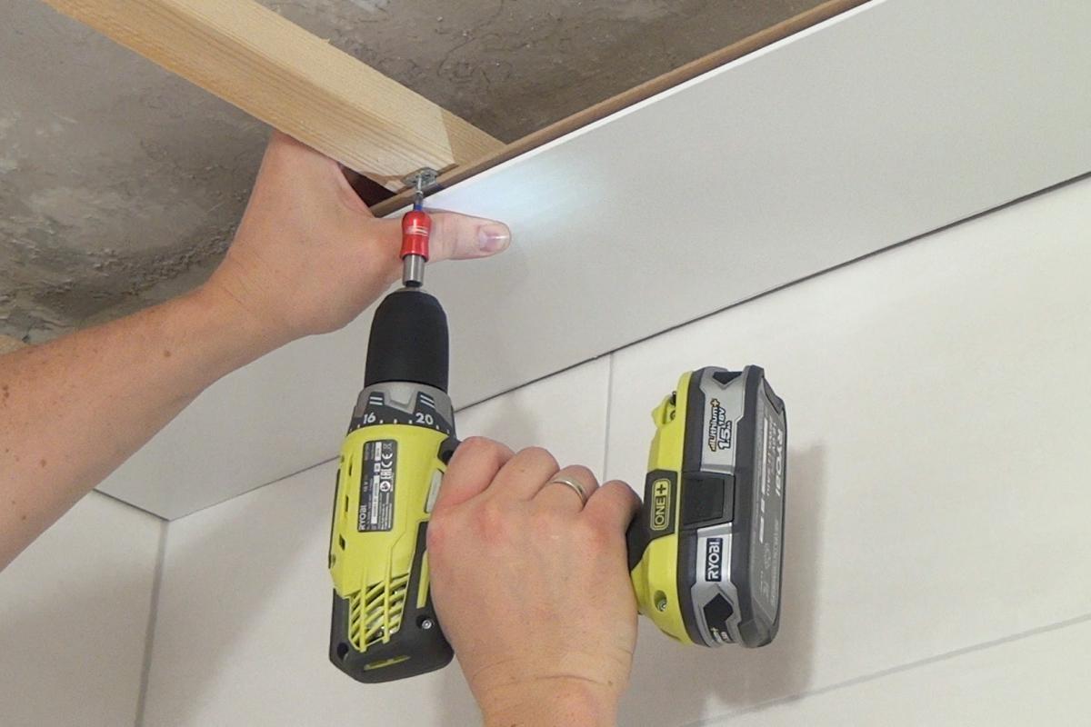 Gut bekannt Die Holzdecke: Nut-Feder-Deckenpaneele verlegen - Anleitung XT77