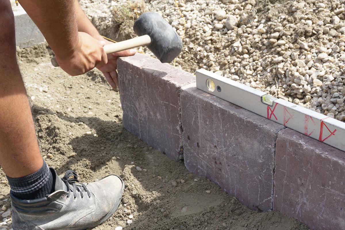 Relativ Randsteine setzen - Anleitung um Betonrandsteine zu verlegen GE23