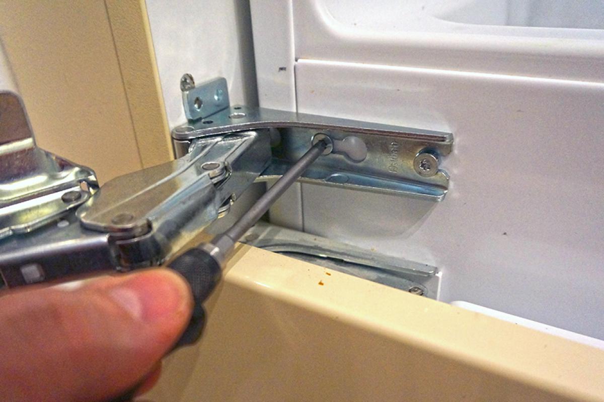 Kühlschranktür Justieren Bosch | Kleiderschrank - Schrank