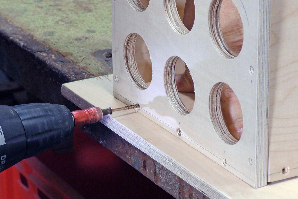 Hervorragend Werkzeugkiste selber bauen: Die Gewindestangen-Box - Anleitung VQ13