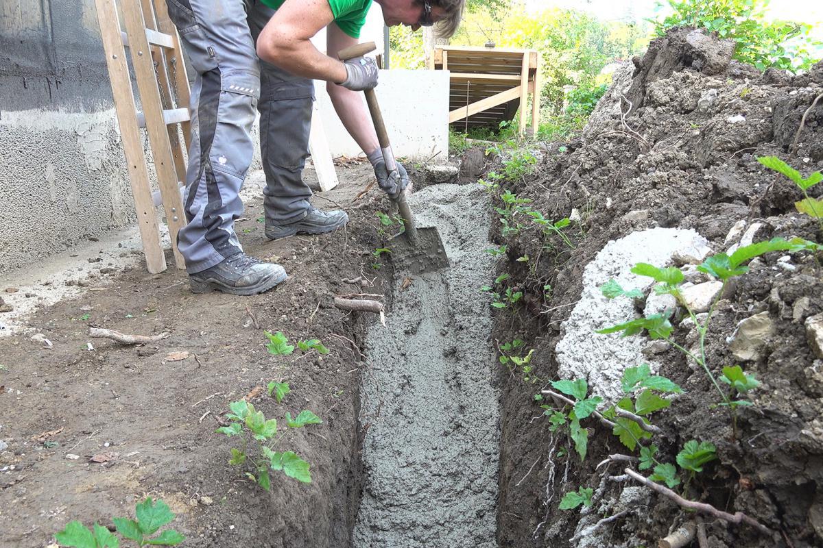 Sehr Streifenfundament betonieren - Anleitung @ diybook.at TJ06
