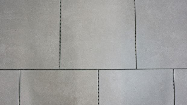 Fußboden Fliesen Verfugen ~ Bodenfliesen verlegen und verfugen bauhaus