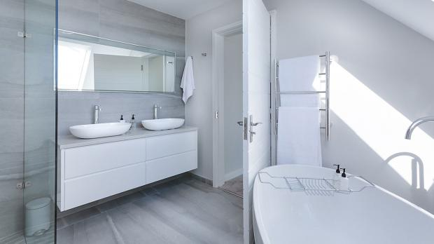 Wunderbar Schmückender Betonboden Im Badezimmer