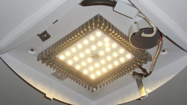 Lovely Leuchte Mit Fest Verbauten LEDs