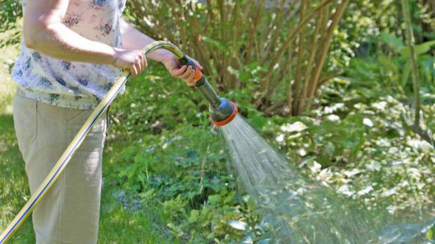 Gartenwässerung per Hand