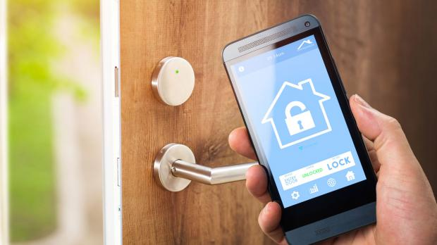 Automatischer Türöffner per Smartphone