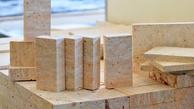 Kalkstein in Ziegelform