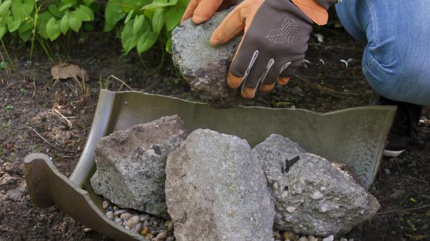 steingarten anlegen - anleitung für mini-steingarten @ diybook.at,