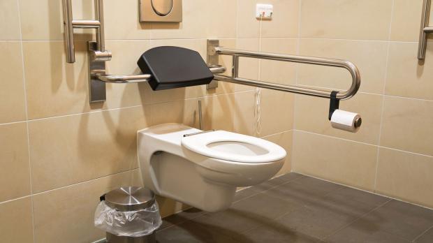 Barriererfreier Zugang zum WC