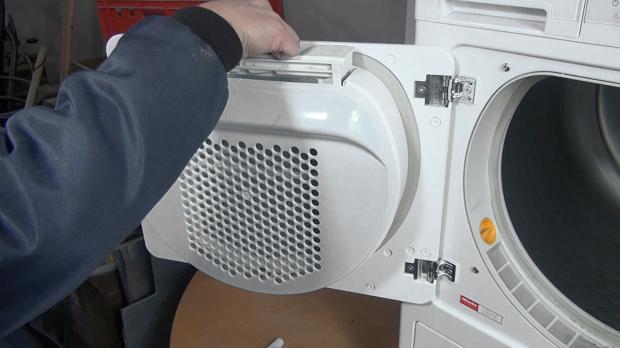 Outdoorküche Tür Reinigen : Miele trockner u luftkanal reinigen anleitung diybook at