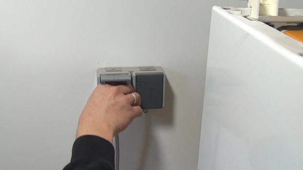 Trockner vom Strom trennen