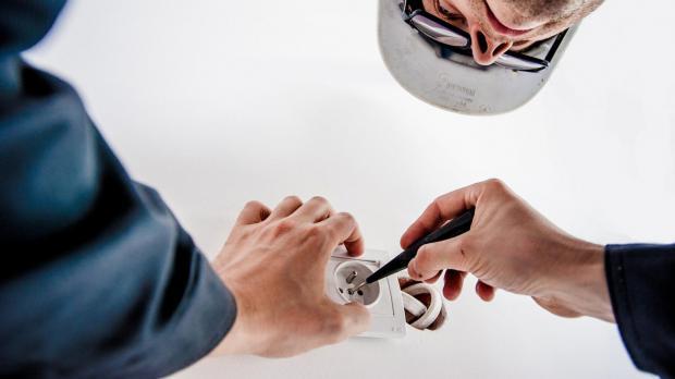 Elektroinstallation mit Fachmann
