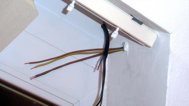 Jalousieschalter anschließen - Anschluss eines elektrischen ...