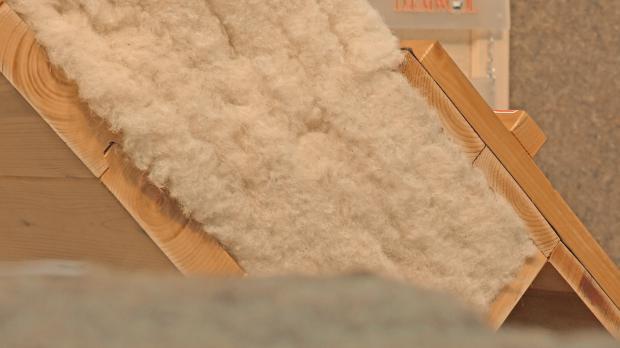 Dämmschicht aus Schafwolle