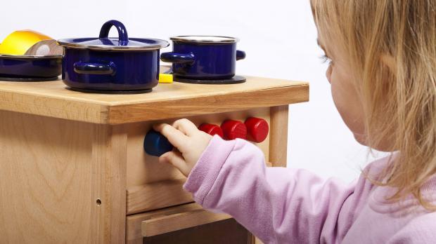 Spaß mit der Spielzeugküche