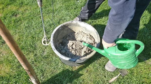 Beton nach dem groben Mischen aufschwemmen