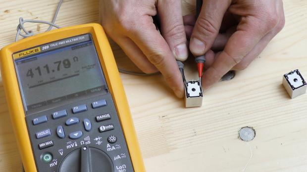Spulenwiderstand mit dem Multimeter testen