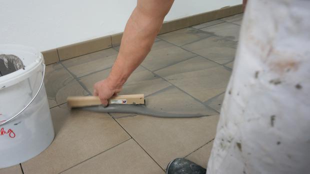 Fußboden Fugen Reinigen ~ Fußboden fliesen fugen reinigen: bad bodenfliesen auaergewahnlich
