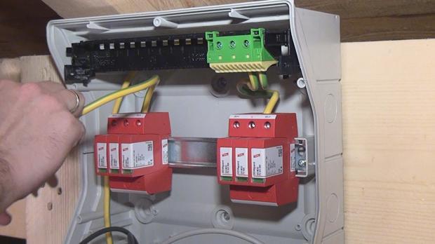 Montage einer Photovoltaikanlage - Basisinstallation - Anleitung und ...