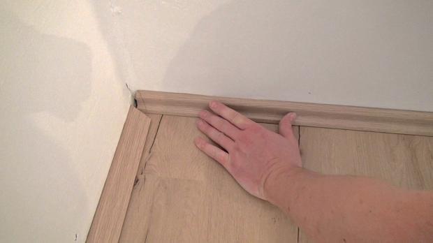 Fußboden Ohne Sockelleisten ~ Sockelleiste braun marmoriert meterware ohne kleber kunststoff