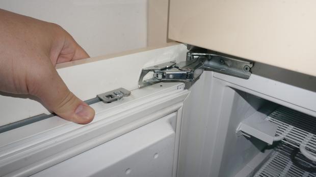 Siemens Kühlschrank Scharnier Einstellen : Siemens einbau kühlschrank tür einstellen bosch kühlschrank tür