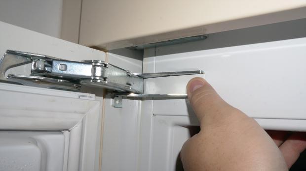 Kühlschrank Scharniere : Gefrierschrank tür reparieren gefrierschrank scharniere tauschen
