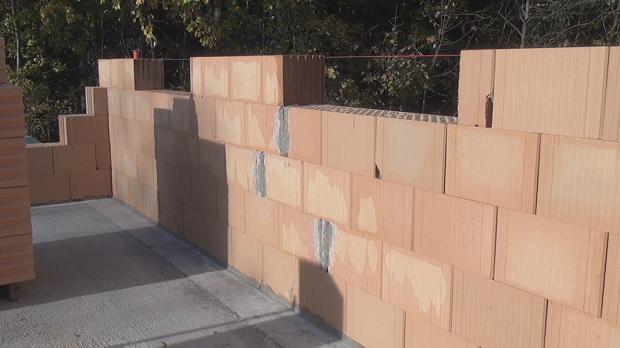wand mauern eine ziegelmauer errichten anleitung. Black Bedroom Furniture Sets. Home Design Ideas