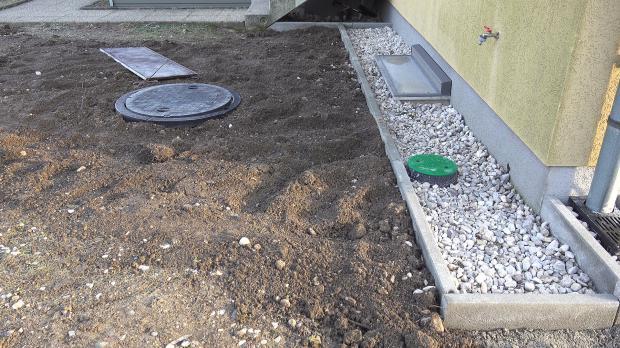 Tank im Garten quasi unsichtbar
