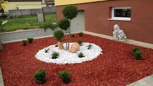 Buntes Kalkstein-Mulch-Mosaik