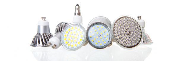 Verschiedene LED-Lampen nebeneinander
