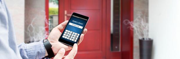 Haustür mit dem Smartphone öffnen
