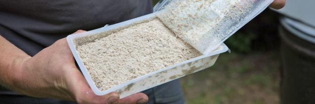 Wasserlösliches Granulat mit Nematoden