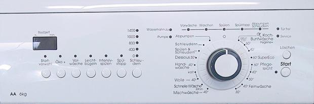 Bedientafel einer Waschmaschine