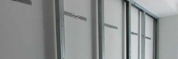 Trockenbau Ständerwerk für eine Vorsatzschale