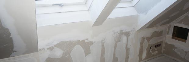 Rigips verspachteln - Verspachtelte Rigipswände inkl. Eckprofile beim Dachfenster