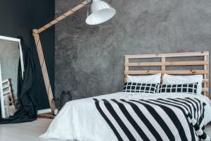 DIY-Schlafzimmer: Ein Bett aus Paletten selber bauen
