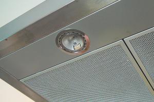 Dunstabzugshaube - LED statt Halogen
