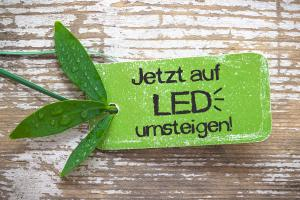 Halogen durch LED ersetzen - Richtig Planen