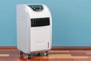 Mobile Klimageräte: Wohin mit dem Schlauch?
