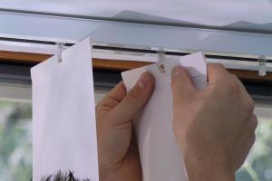 Lamellenvorhang montieren