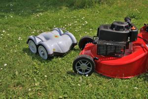 Mähroboter: Unterwegs mit den fleißigen Gartenhelfern