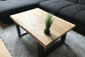 Couchtischplatte mit Baumkante selber bauen