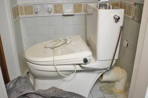 sanit re installationen von armaturen wasserleitungen. Black Bedroom Furniture Sets. Home Design Ideas